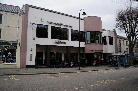 The Packet Station (JD Wetherspoon) in Falmouth : Pubs Galore