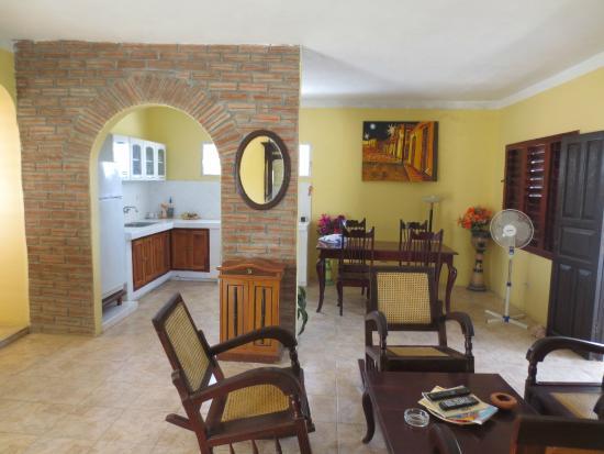 Hostal MiraLuna : Living area