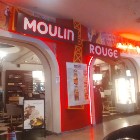 Petit Moulin Rouge: Moulin Rouge