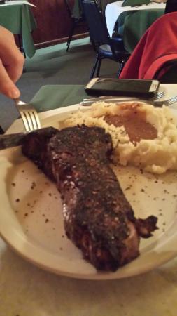Danny Sheehan's Steak House: Strip Steak