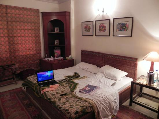 Serene Delhi: The room
