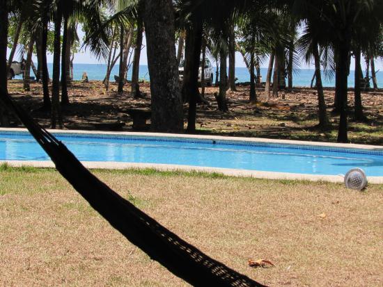 El Coquito: la piscine avecla vue sur la mer.