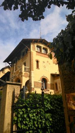 Casa delle fate foto di quartiere copped roma for Piani casa delle fate