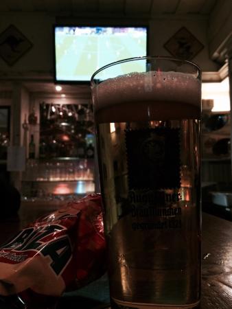 Kilians Irish Pub: Hyggelig betjening og godt øl.