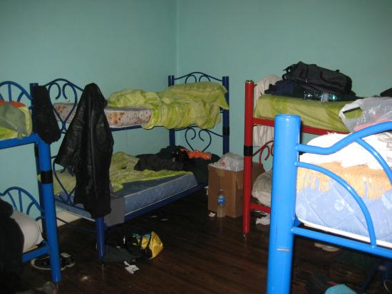 La Rocca Hostel: 8 bed male room