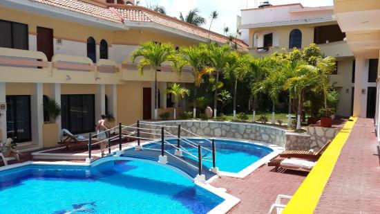 Hotel Vista Caribe: La pileta