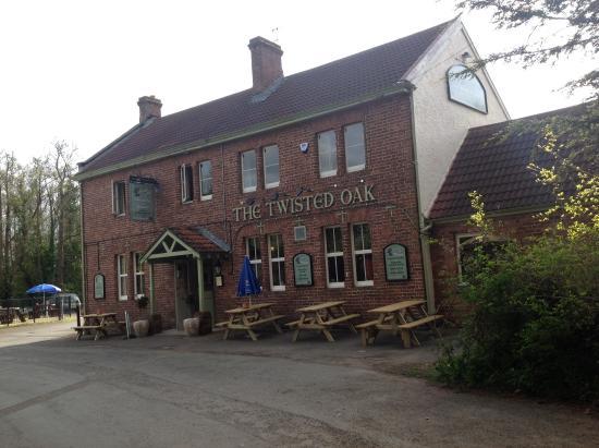 The Twisted Oak: The pub