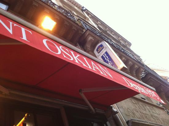 Pizza Oskian : The facade