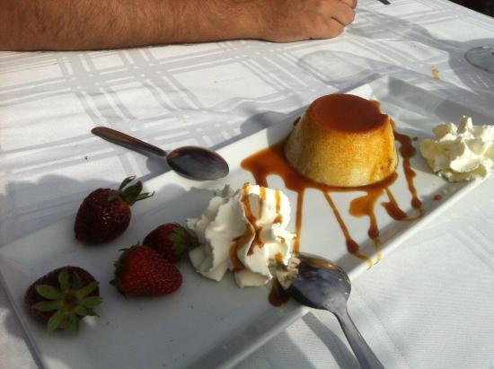 Casa Rafa Restaurante de Mar: Flan de plátano :P