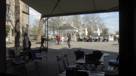 Herings im Martinswinkel: view from the bar