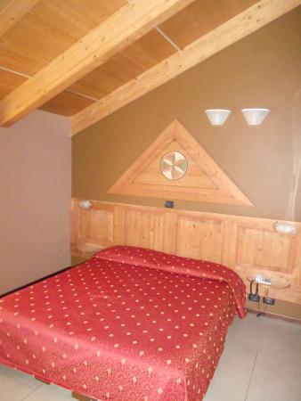 Hotel Smeraldo : Zona letto