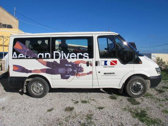 Aegean Divers Dive Center - Day Excursions: van
