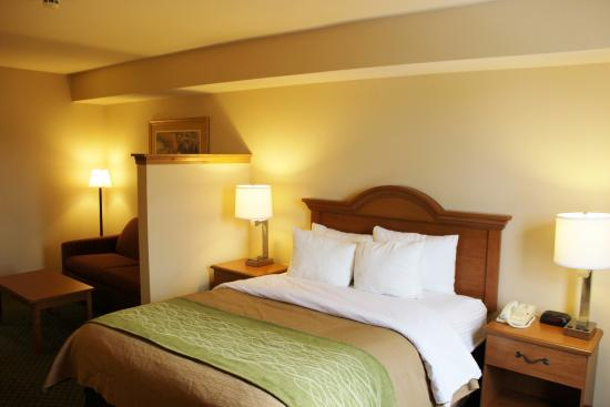 Hotel Rooms In Chester Mo