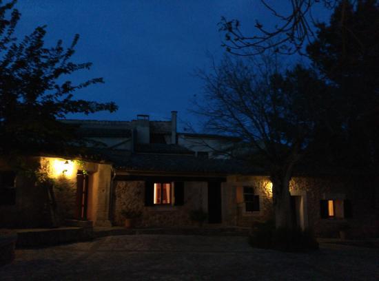 Petit Hotel Rural Son Jorda: son jorda de nit