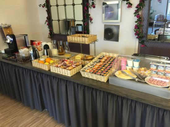 Hotel de France: Detalle bufete desayuno.