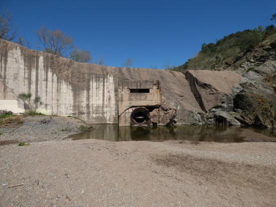 Site de Malpasset : Vanne du barrage