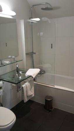 Hotel Restaurant La Glycine : chambre 36