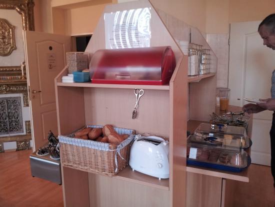 A I Hotel Königshof: Комната для завтрака