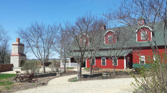 Paxton, IL: TimberCreek Bed & Breakfast