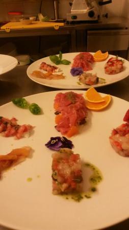 Men foto di riesling griglia e cucina marina di - Ristorante riesling griglia e cucina marina di ravenna ra ...