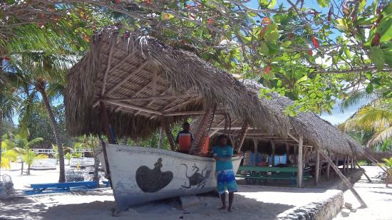 Bayahíbe, República Dominicana: The bar is open...