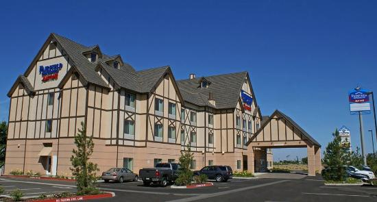 Fairfield Inn & Suites Kingsburg: Our Front Entramce