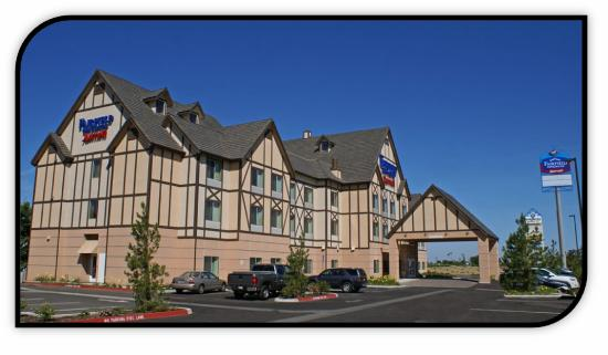 Fairfield Inn & Suites Kingsburg: Exterior and Main entrance