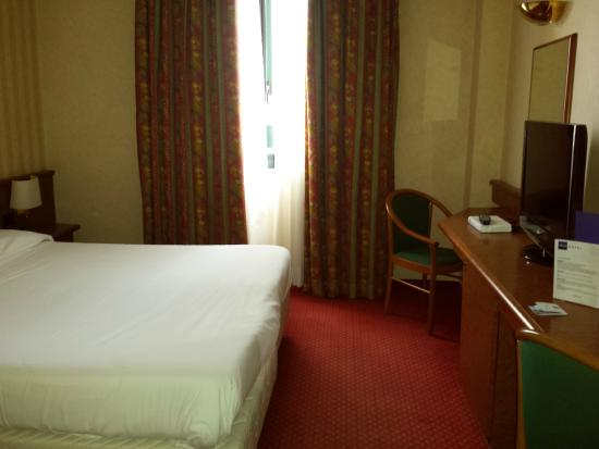 Idea Hotel Piacenza: stanza standard