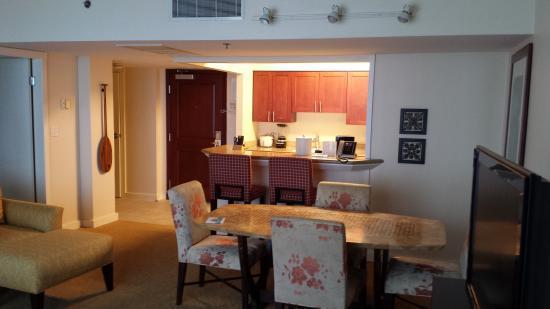 1 bedroom plus bathroom picture of hilton grand - 2 bedroom suites in honolulu hawaii ...