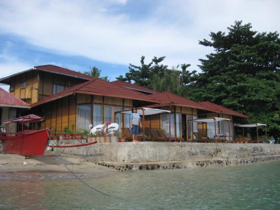 Tanta Moon Luxury Villas: Front view of Tanta Moon