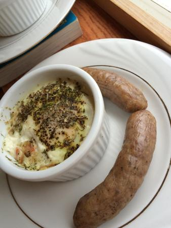 Scandinavian Inn: Shirred eggs and free- range sausage