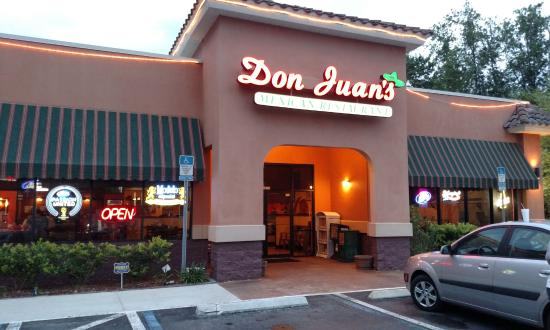 Don Juan's Mexican Restaurant: The Entrance