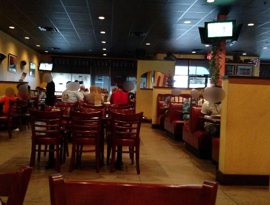 Don Juan's Mexican Restaurant: The dining area
