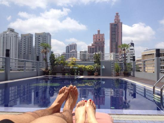 Piscina sul tetto picture of d varee diva bally sukhumvit bangkok tripadvisor - Singapore hotel piscina ...
