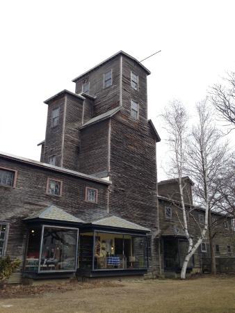 Bennington Potters: Bennington Pottery Building
