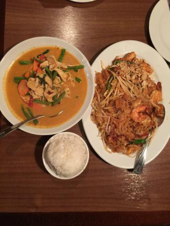 Pad Thai,Panang Curryand steam rice