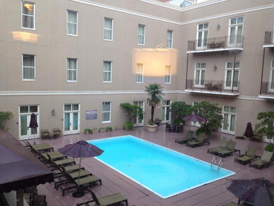 Hyatt Centric French Quarter New Orleans : View Fromm room 300  - courtyard view