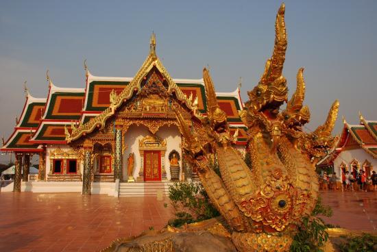 Sakon Nakhon, Tailândia: วัดพระธาตุเชิงชุม วรวิหาร