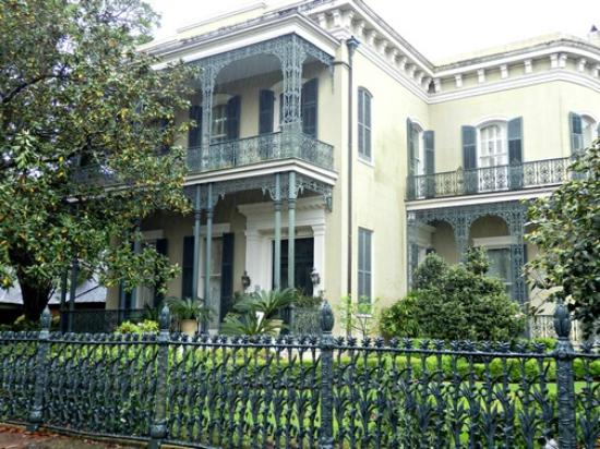 free tours by foot garden district walking tour - Garden District Walking Tour
