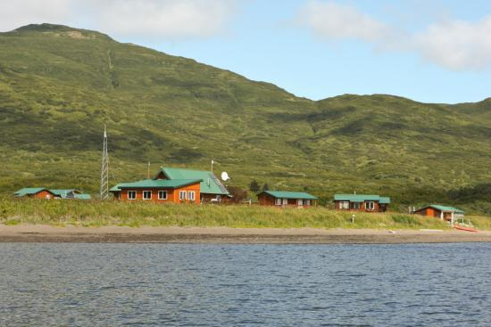 Katmai Wilderness Lodge: KWL View of Lodge and Cabins