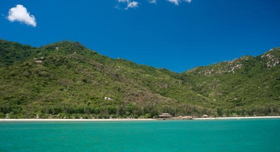 L'Alyana Ninh Van Bay: Overview from the bay