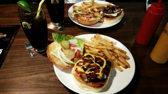 Drifters Bar&Grill