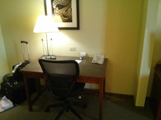Wingate by Wyndham Helena Airport: Work Station