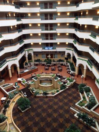 Embassy Suites by Hilton Greensboro - Airport: photo3.jpg