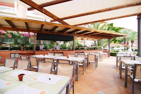 Zafiro Bahía : El Patio Restaurant