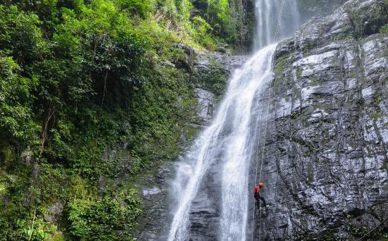 Oudomxay Province, Laos: Nam Kat waterfall