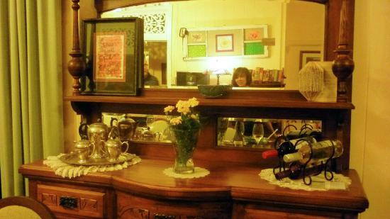 Mt Barney Lodge Country Retreat: Classic furniture