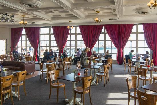 The Denton, Worthing - Picture of Pavilion Cafe Bar, Worthing ...