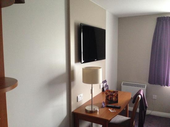 Premier Inn Boston Hotel: Room .