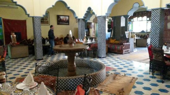 Midelt kasbah asmaa picture of kasbah asmaa midelt for Morocco motors erie pa